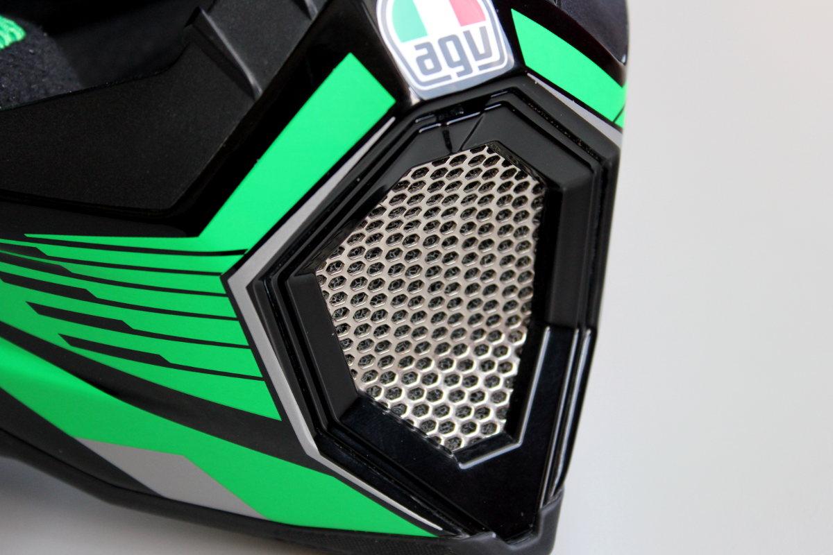 AGV AX 8 ventilacion boca