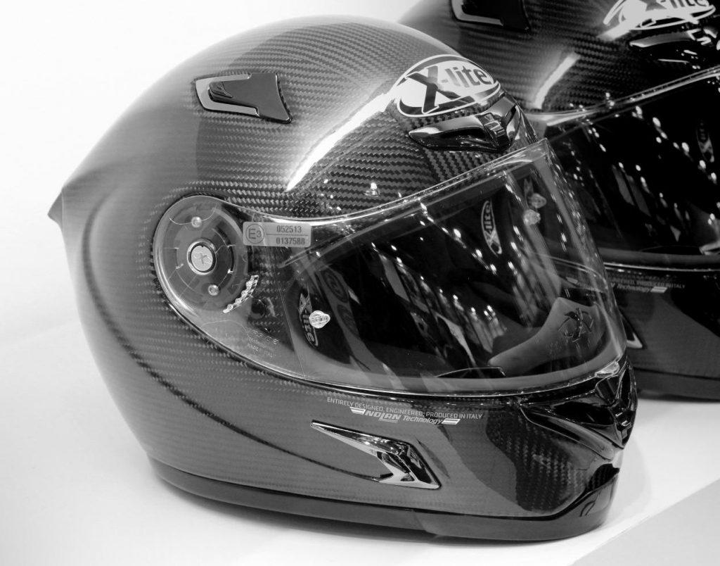 casco-moto-carbono-xlite-nolan