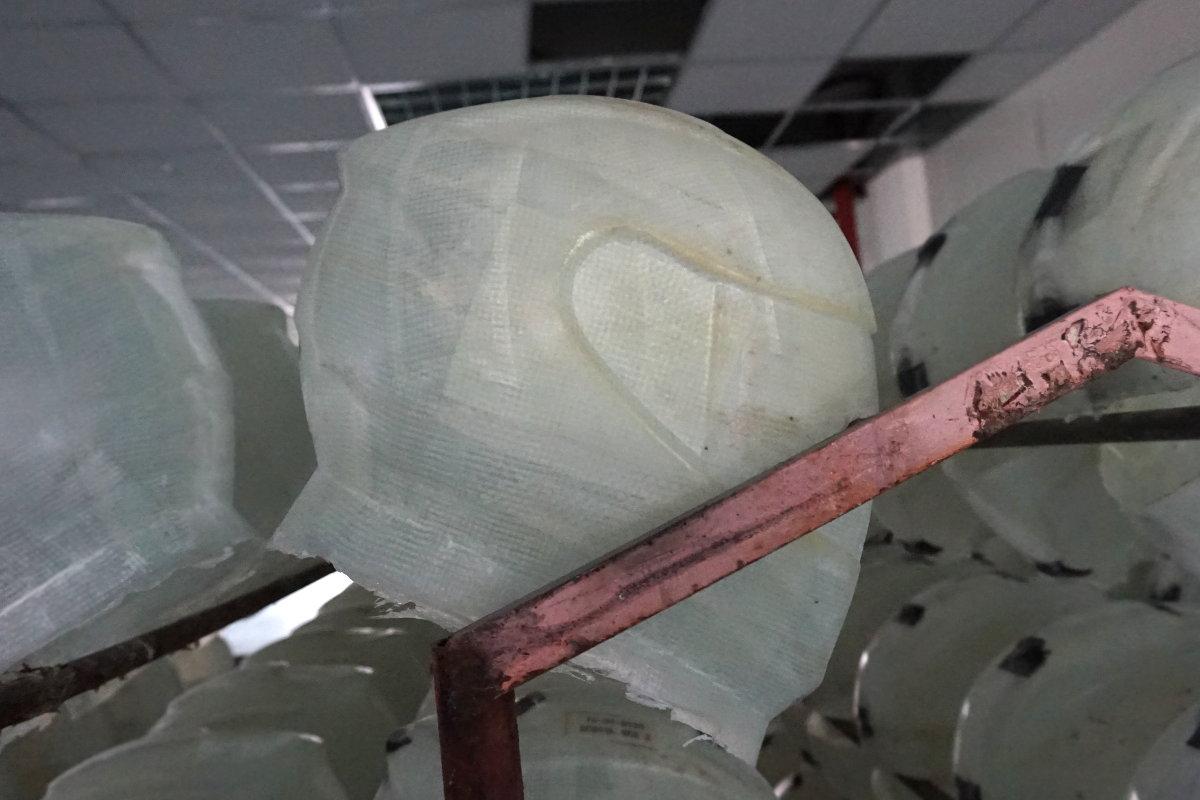Casco moto fabricion fibra