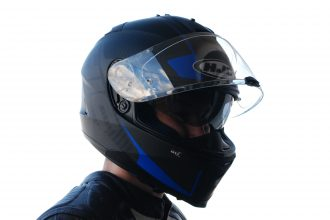 Casco HJC IS-17 Mission