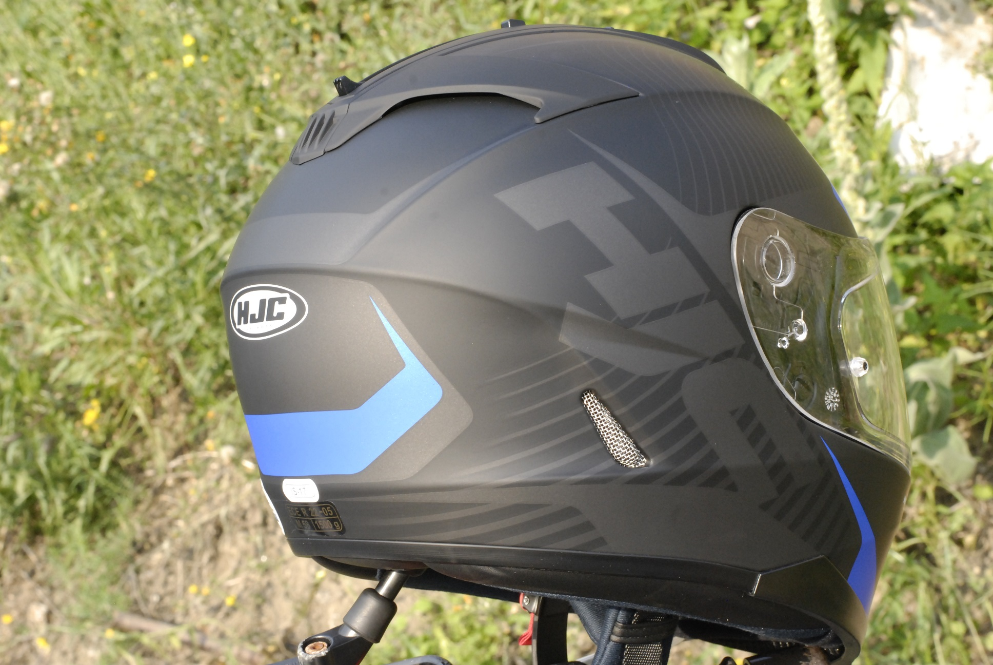 casco-moto-hjc-is-17-parte-posterior