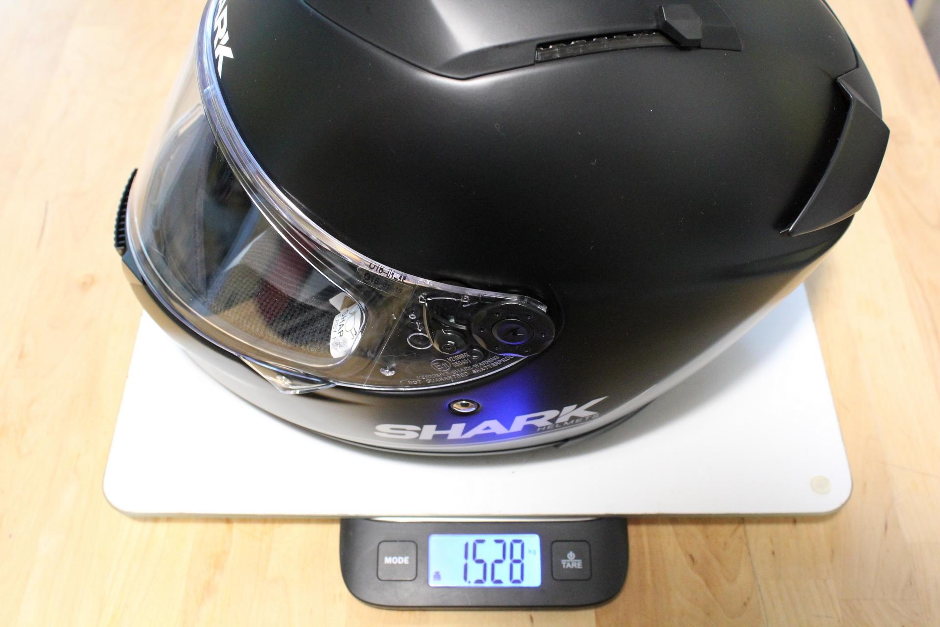 Casco moto ligereza confort