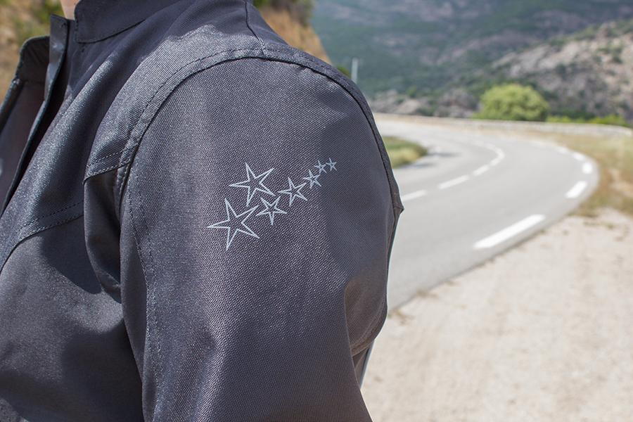 detalle chaqueta dxr stardust
