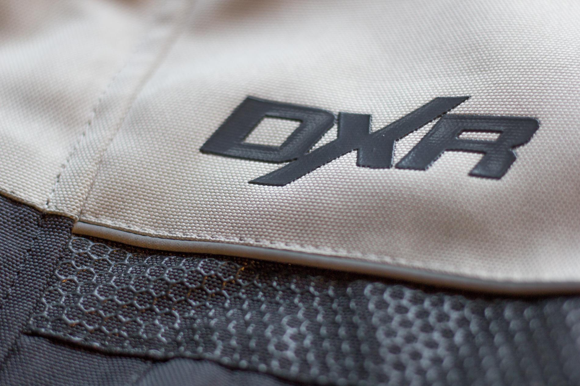 La chaqueta está inspirado en los códigos de aventura estética