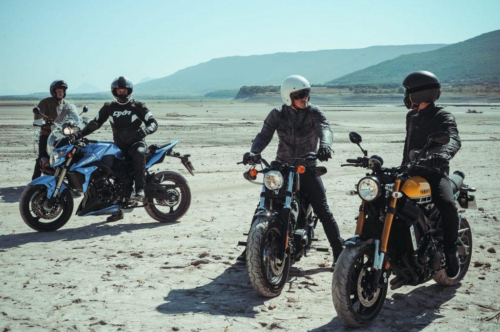 Charla amigos moto