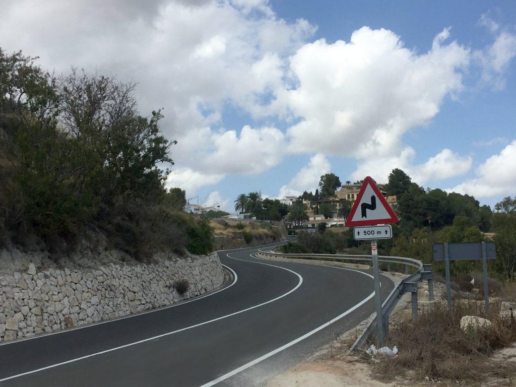 ¡Carreteras con un asfalto digno de los circuitos MotoGP!