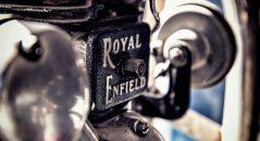 El monocilíndrico Royal Enfield ha interrumpido el viaje de su