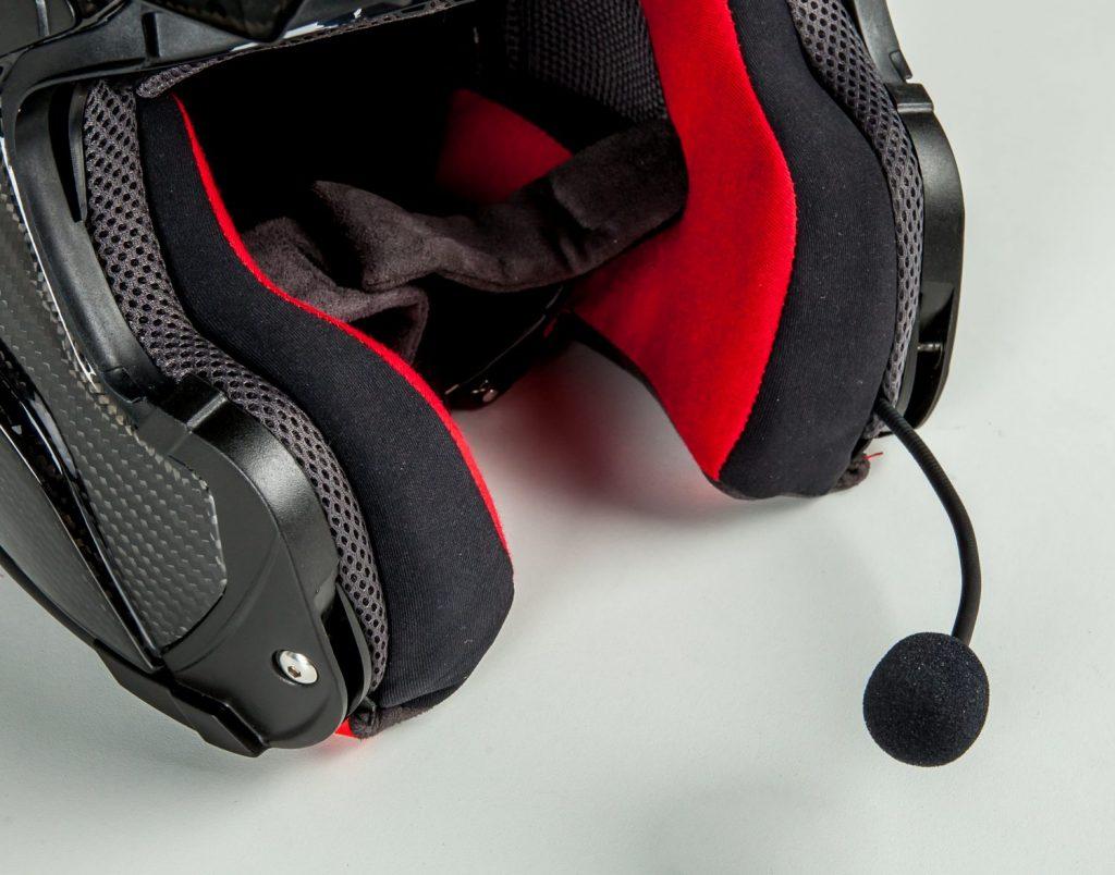Asegúrese de que su kit bluetooth se levantará sin problemas en su casco de moto actual