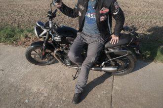 Una pequeña mirada mecánica con esta bicicleta de los pantalones DXR Rust