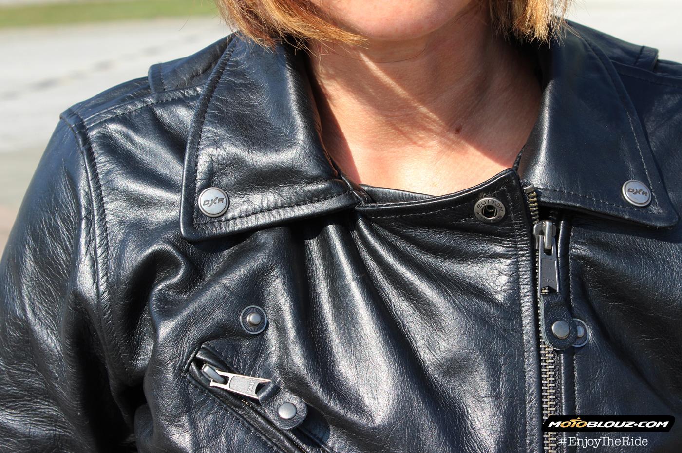 Me parece que el cuello de la chaqueta DXR Vega ha sido un demasiado amplio. Torre cuello obligatoria!