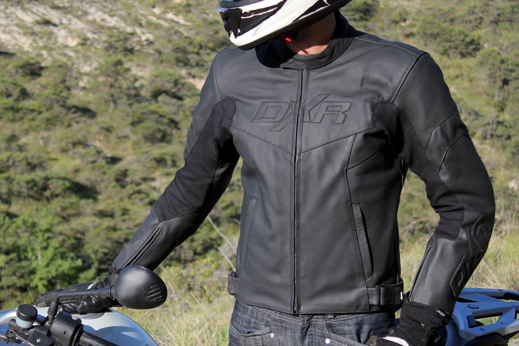 La DXR Skybolt, una chaqueta sencilla y eficaz para (re)descubrir el placer del cuero en moto