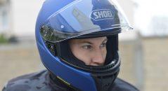 ¡La imponente abertura de ventilación en el mentón del casco Shoei RYD funciona a tope!