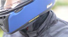 Zoom sobre el sistema «EQRS» (Emergency Quick Release System) del casco Shoei RYD