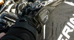Detalles de los guantes Bering Snip-R