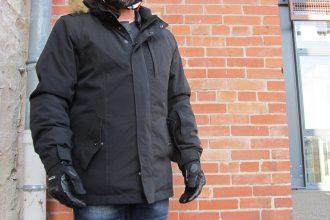 Una chaqueta, mientras que sobrio pero increíblemente eficaces