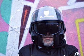 Protector solar del casco modular FF399 LS Valiant es fácil de operar